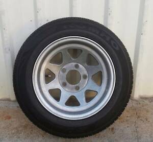 """14"""" ALLOY FORD PATTERN SUNRAYSIA WHEEL AND AS NEW KUMHO TYRE Kallangur Pine Rivers Area Preview"""