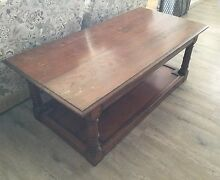 Vintage solid oak coffee table  from England Tuncurry Great Lakes Area Preview