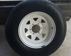 "AS NEW 16"" SUNRAYSIA RIM WITH HANKOOK 245/70R16 TYRE 4X4 6 STUD Kallangur Pine Rivers Area Preview"