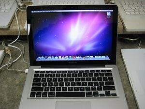 Apple-Macbook-Pro-C2D-2-4ghz-4gb-250gb-Warranty