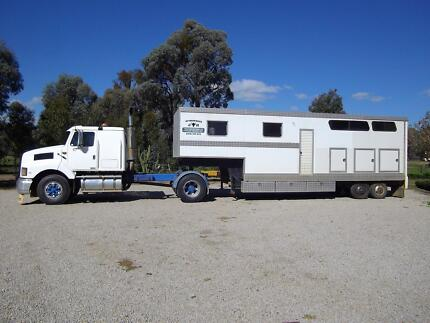Attarddowns Horse Transport To & From