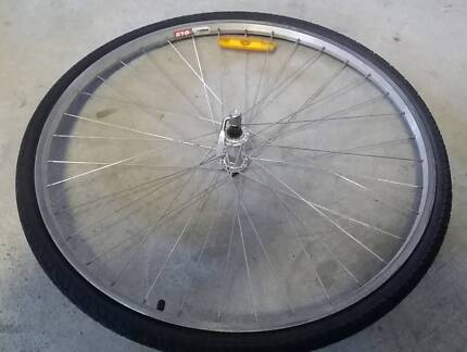 "wanted - rear wheel (rim & tyre) for mens bicycle 27"" 7 cog 21spd Marks Point Lake Macquarie Area Preview"