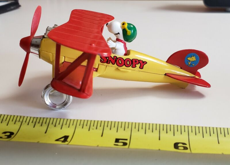 Vintage Peanuts Snoopy Plane 1965 United Feature Syndicate diecast metal Schultz