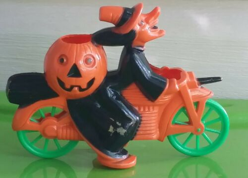 Vintage Rosbro Witch on a Motorcycle plastic candy container Halloween Pumpkin