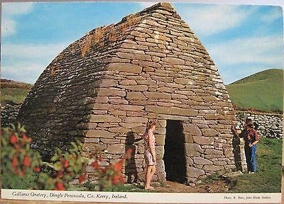 Irish Postcard GALLARUS ORATORY Dingle Peninsula Kerry Ireland Beer Hinde 2/376