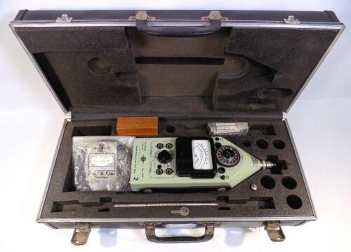Bruel & Kjaer Impulse Presicion Sound Level Meter Type 2209 w/Case & Accesories
