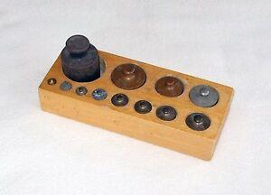 ancienne boite poids laiton balance roberval 12 pieces vintage. Black Bedroom Furniture Sets. Home Design Ideas