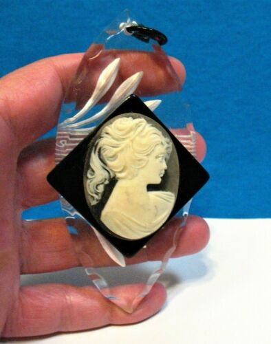 VINTAGE LUCITE HUGE CAMEO PENDANT 2 X 4 INCHES
