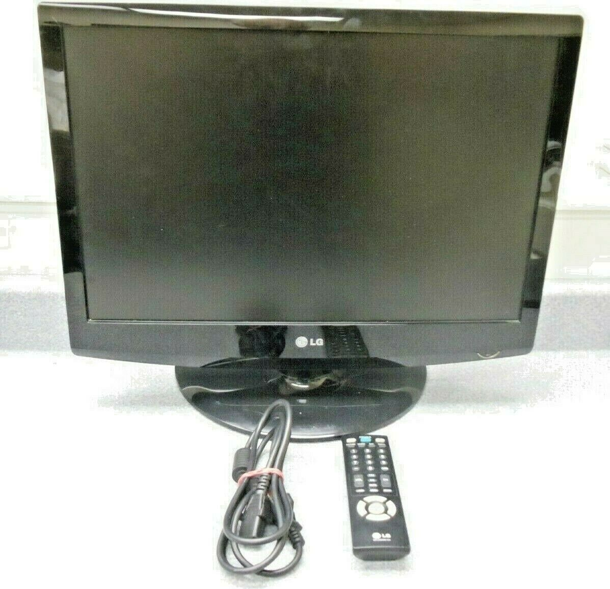 "LG 22LG30 22"" LCD Digital Stereo TV/Monitor HDMI USB w/Remote Stand Manual on CD"