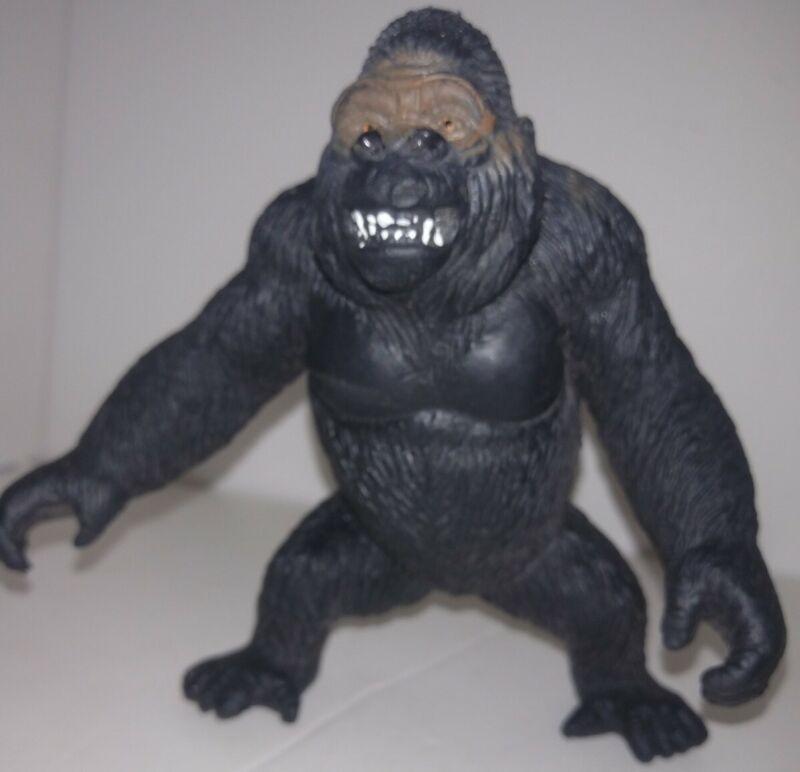"Vintage 1994 Heavy Duty Plastic PVC Zoo Animal 4"" Figure Gorilla Toy Ape"