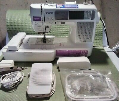 Brother SE400 Embroidery & Sewing Machine