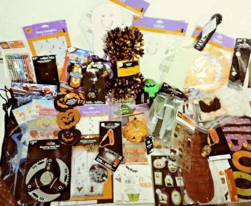 50 HALLOWEEN PARTY FAVORS & DECORATIONS TREAT BAGS WINDOW CLINGS PENCILS & MORE!