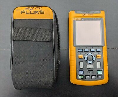Fluke 123 Industrial Scopemeter Handheld Oscilloscope 20mhz With Case - Cleaned