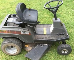Victa 3010 ride on lawn Mower (key Start, runs and starts every time) Lane Cove Lane Cove Area Preview