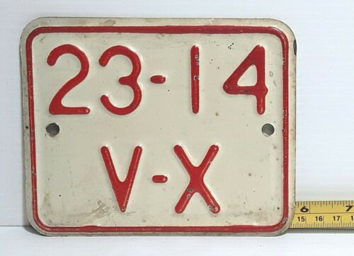 CUBA - Las Villas private motorcycle license plate - OLD timer issue, very nice