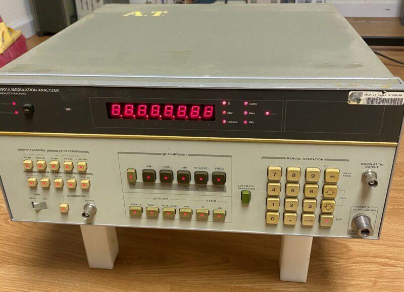 HP 8901A Modulation Analyzer (130KHz to 1300MHz)