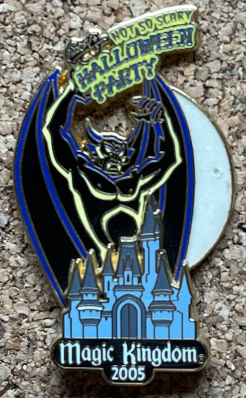 Pin 42174 WDW - MNSSHP 2005 - Chernabog over Cinderella
