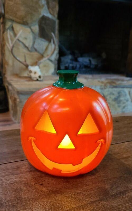 "Vintage Flickering Pumpkin Jack O Lantern Hard Plastic Halloween Decoration 6"""