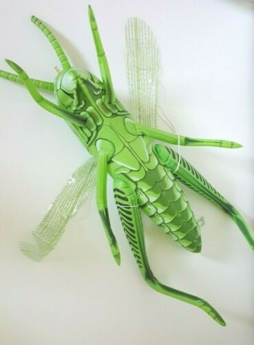 """Large 20"""" Inflatable Grasshoper Insect Bug Display Hang Up Squeaky Toy Prop"""