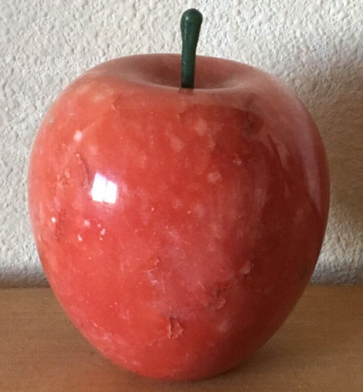 RED MARBLE POLISHED STONE APPLE PAPERWEIGHT FRUIT ETC ~ LOVELY COLLECTIBLE APPLE