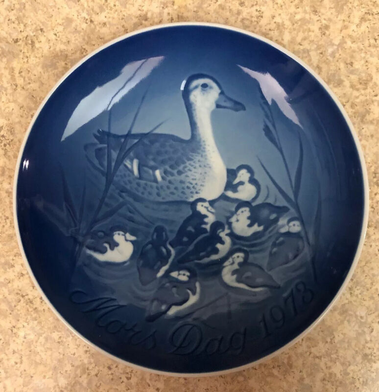 """1973 Bing & Grondahl Duck Mothers day plate 5.75"""" Vintage"""