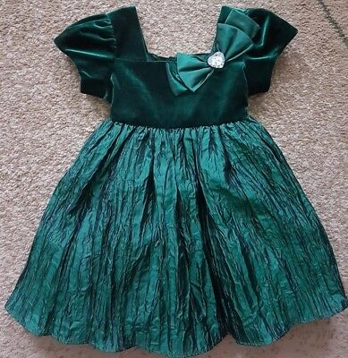 Youngland Baby Girl Dress Velvet Green Size 2T - Green Velvet Baby Dress