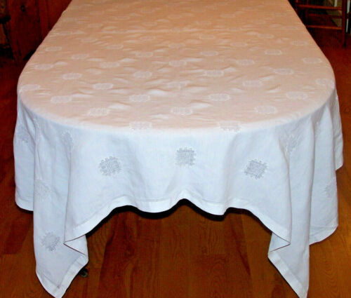 """FABULOUS VINTAGE LINEN TABLECLOTH, 102"""" BANQUET SIZED, WHITE, DRAWNWORK INSERTS"""