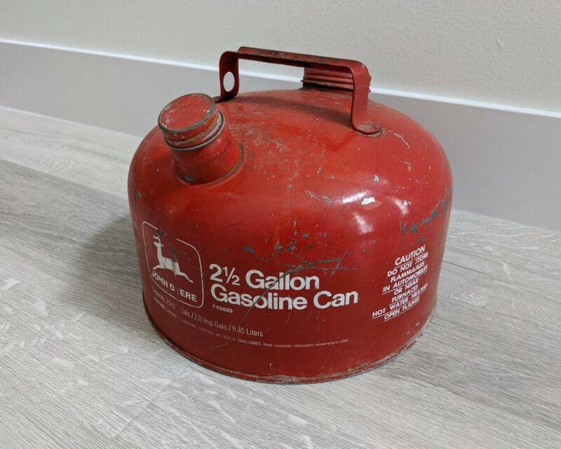 Vintage John Deere Red Metal Gas Can Gasoline 2 1/2  2.5 Gallon