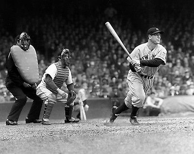 Lou Gehrig At Bat Hall Of Fame Legend 8X10 Yankees