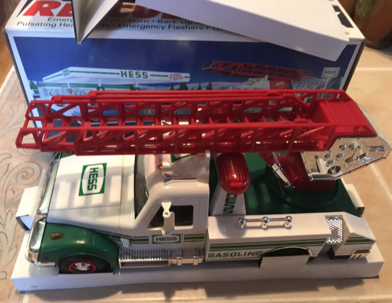 Vintage 1994 NEW HESS Oil Co Toy Rescue Truck with Sounds and Lights - Tested
