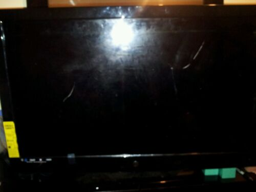 """Westinghouse TX-42F970Z 39"""" 1080p HD LCD Television"""