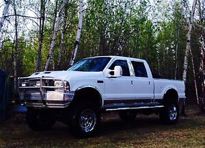 2000 Ford F250 V10 XLT 4x4 low kms