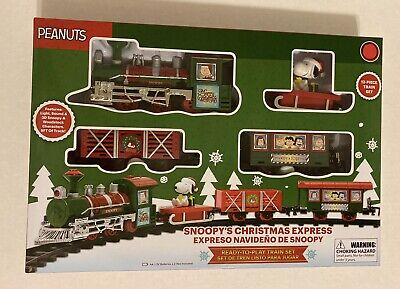 Peanuts Snoopy Holiday Express 12 Piece Christmas Train Set NEW!