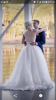 Second Hand Wedding Dress (worn once) ;) - Maggie Sottero