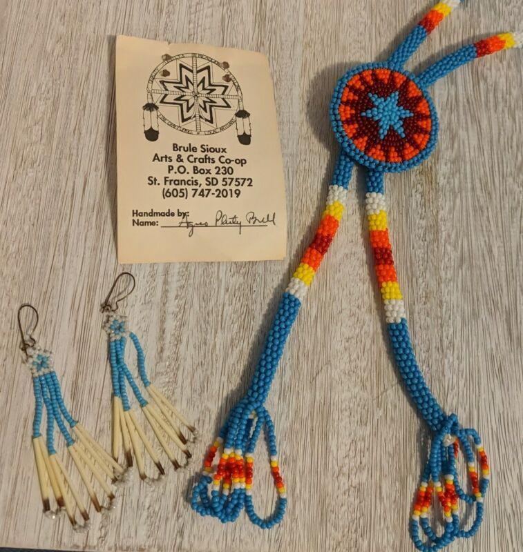 Vtg Native American Lakota Sioux Seed Bead Medallion Bolo Tie Earrings