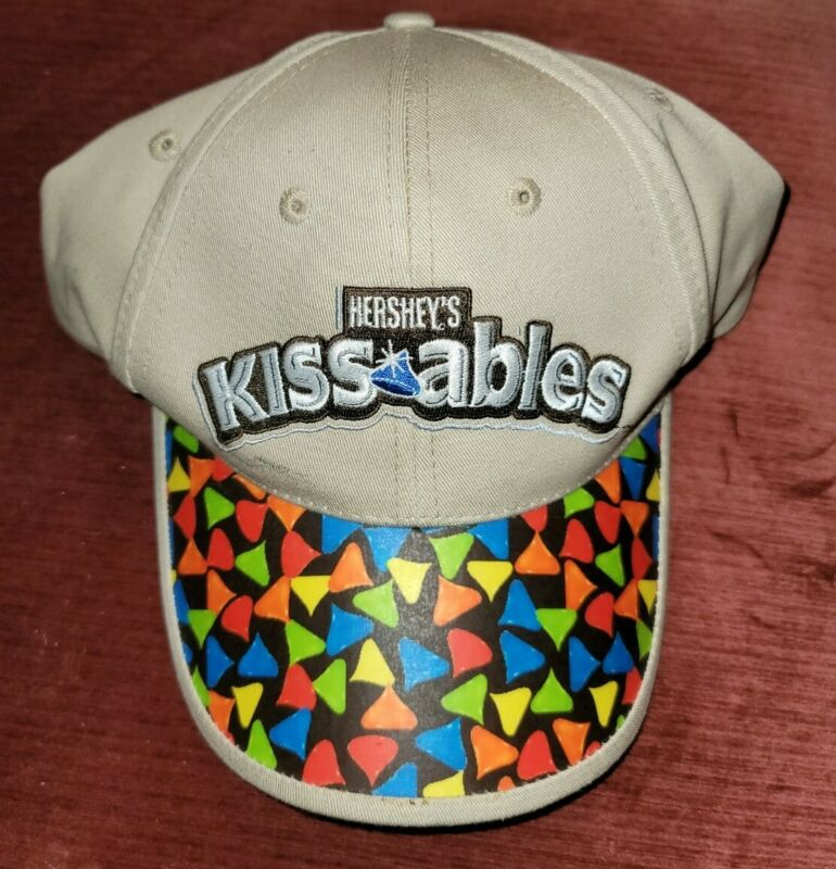 CHILDS HAT HERSHEY KISSES