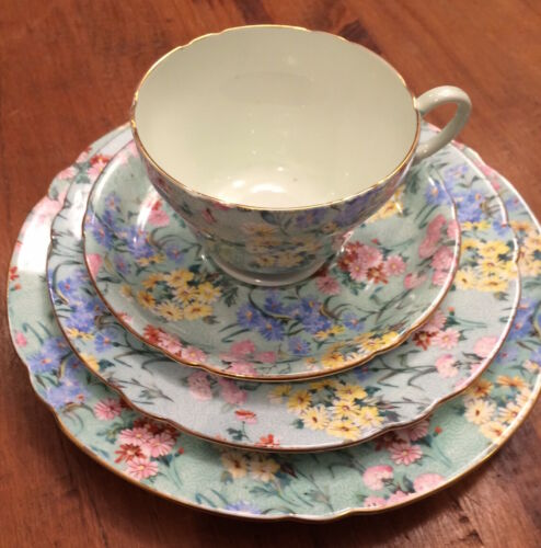 Shelley England Melody Chintz Trio plus extra Saucer, Excellent