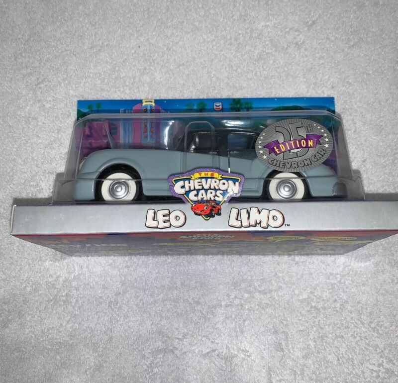New The Chevron Cars LEO LIMO Limited Edition 25th Year Silver Anniversary