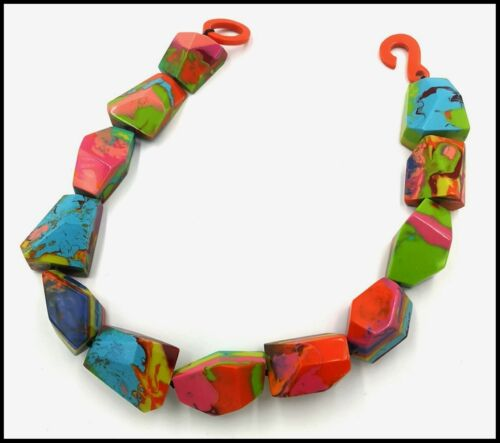 FRENCH DESIGNER BEAUTIFUL CHUNKY SWIRLED MULTICOLOR RESIN CHOKER NECKLACE