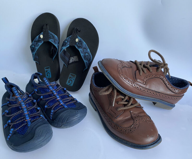 LOT OF 3 PAIRS SIZE 11 BOYS KIDS SHOES~TEVA~CARTERS~OSHKOSH