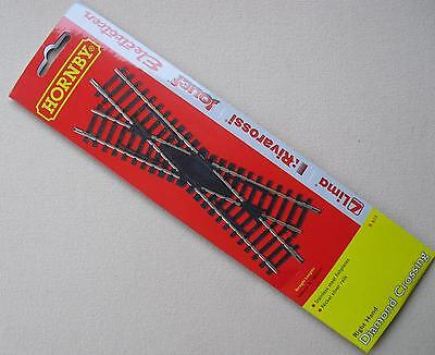 HORNBY R615 Right Hand Diamond Crossing - Genuine Hornby Track Accessory R 615