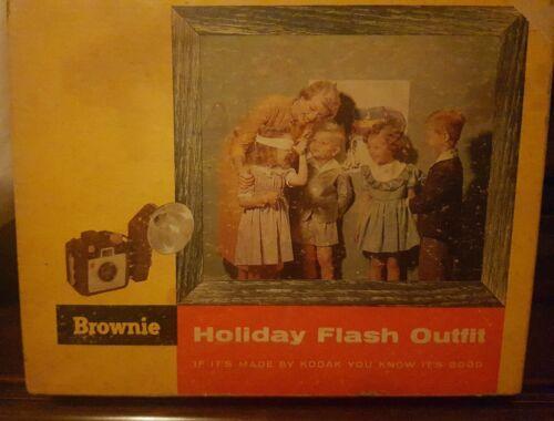 Vintage Kodak Brownie Holiday Flash Camera W Flashcubes Bulbs In Orig. Box - $29.99
