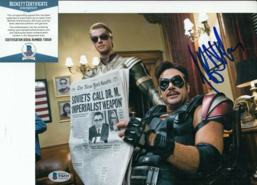 JEFFREY DEAN MORGAN signed (THE WATCHMEN) Comedian 8X10 photo BECKETT BAS T56519