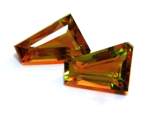 Natural Loose Gemstone 18 to 20 Ct Certified Color Changing Zultanite Pair