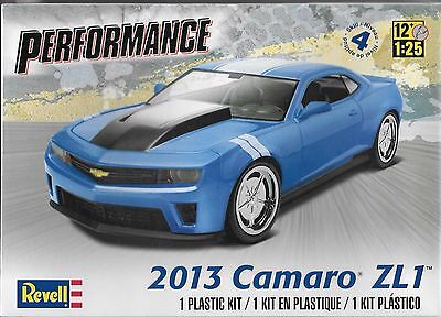finest selection 8b50c 482b8 1 25 Revell 4370 2013 Chevy Camaro ZL1 Plastic Model kit