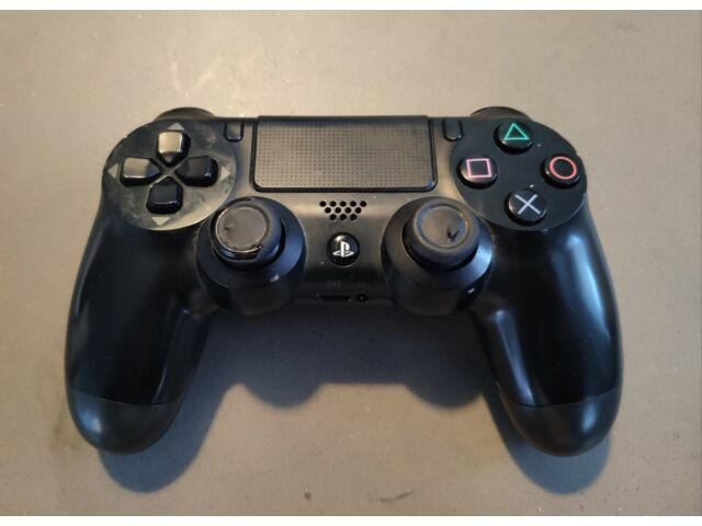 Official Sony Playstation 4 Controller - PS4 (CUHZCT1E)