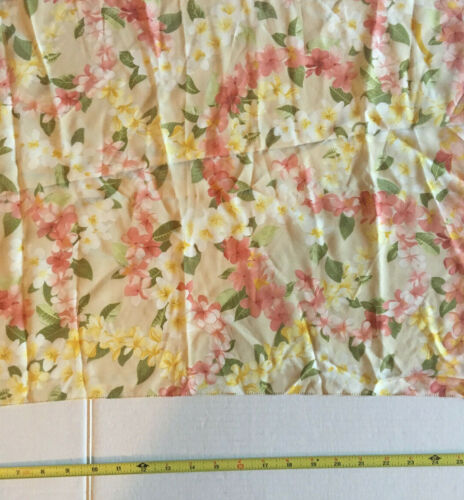 """Beppe Spadacini Made in Italy 100% Silk 17""""X52"""" Floral Motif  Scarf EXCELLENT"""