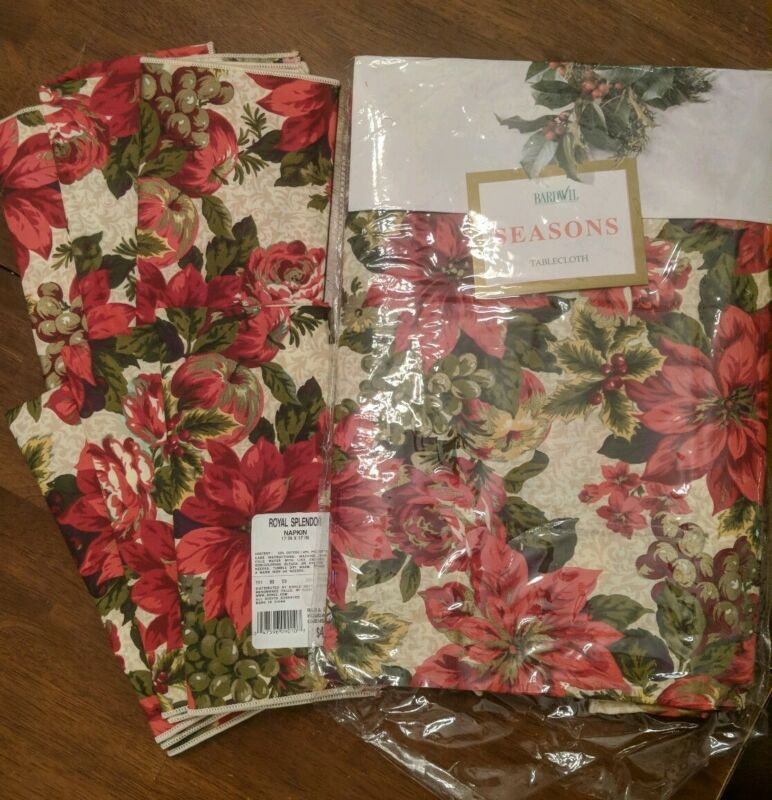 "Bardwill SEASONS Poinsettia Tablecloth Christmas Royal Splendor 60"" x 84"""