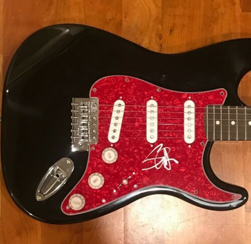 * STEVE HARRIS * signed autographed electric guitar * IRON MAIDEN * 2