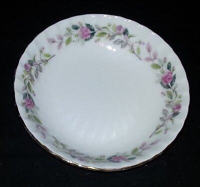 Creative Fine China - Regency - Dessert / Fruit / Berry Bowl - 5 1/2
